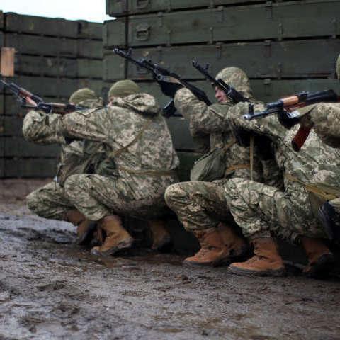 За минулу добу російські терористи 35 разів відкривали вогонь по українських військових
