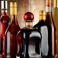 З сьогоднішнього дня в Україні значно подорожчало спиртне