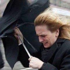 В Україну завтра повертаються зливи та грози