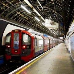 У метро Лондона стався вибух: перші фото