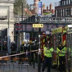 Поліція назвала вибух у лондонському метро терористичним нападом