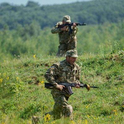 З півночі незаконні збройні формування 14 раз порушили перемир'я, - штаб