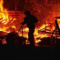 Страшна пожежа в таборі Одеси забрала життя двох дітей: ще троє у лікарні