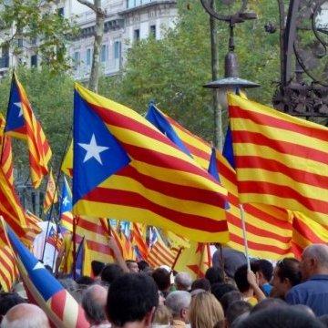 Понад 700 каталонських мерів вийшли на підтримку референдуму про незалежність