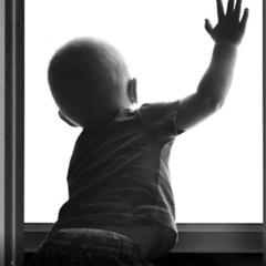 У Кривому Розі малюк випав із вікна 4-го поверху