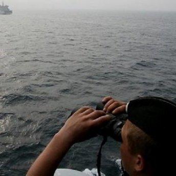 Групу російських військових кораблів «засікли» біля Латвії