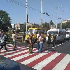 У Запоріжжі ветерани АТО влаштували протест проти водіїв (відео)