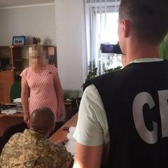 Віце-мер міста Первомайськ «погоріла» на хабарі