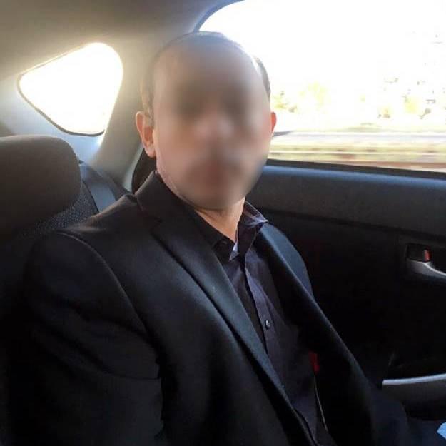 У Києві п'яний іноземець катався у таксі, телефонував у поліцію та погрожував влаштувати вибух