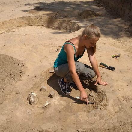 На Канівщині знайшли добре вціліле поховання жінки-сарматки (фото)