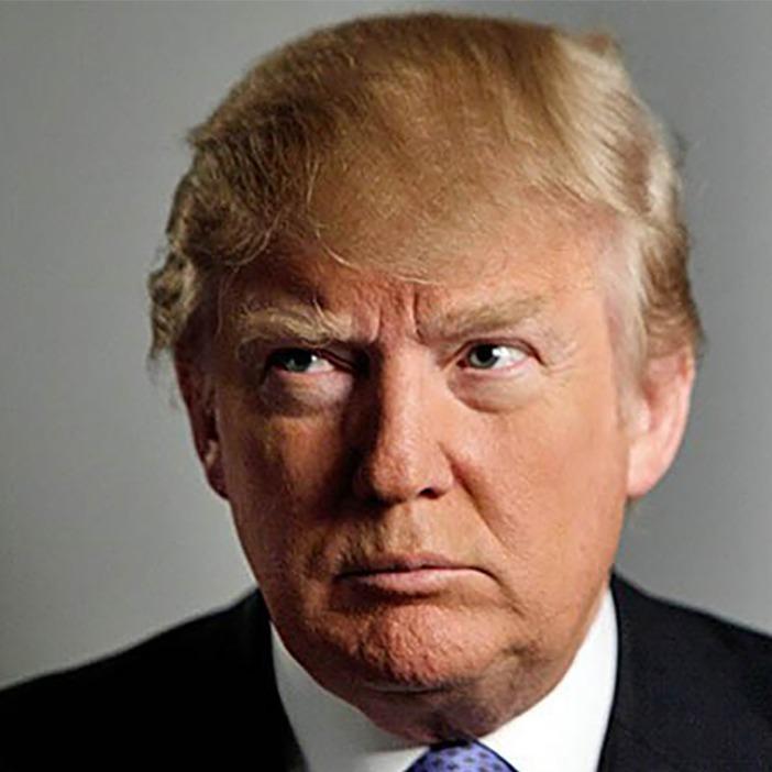 Трамп звинуватив Клінтон в тому, що вона дозволила КНДР створити ядерну зброю