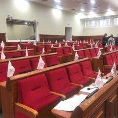 Київраду замінували під час засідання. Людей евакуювали