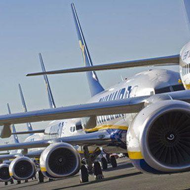 Євросоюз хоче заборонити польоти у три українських міста