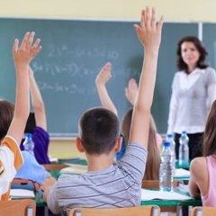 У Херсоні одразу у кількох школах відмовилися навчати українською (відео)