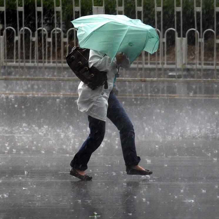 На Київщині оголосили штормове попередження