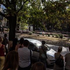 У центрі Дніпра від падіння гілки дерева загинула 21-річна дівчина