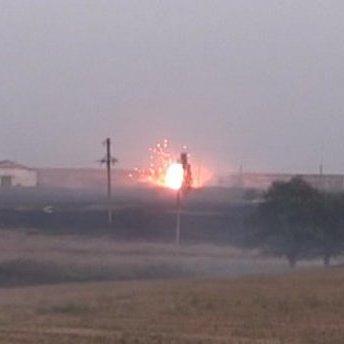 З'явилося відео з місця вибуху на складах боєприпасів під Маріуполем