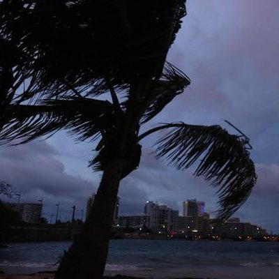 Прорив греблі в Пуерто-Рико: проходить евакуація 70 тисяч осіб (відео)