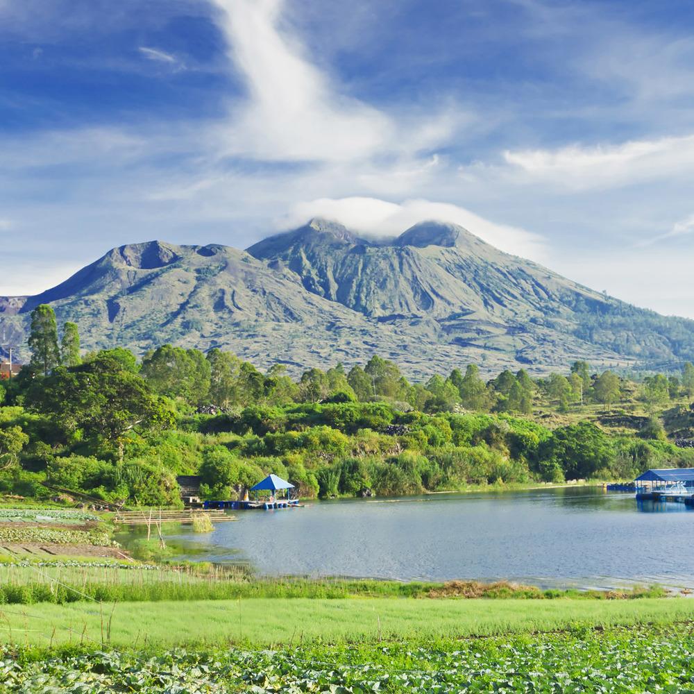 На Балі через можливе виверження вулкана евакуювали 35 тис. осіб