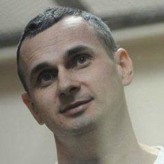 Порошенко призначив стипендію Олегу Сенцову