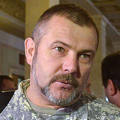 Нардеп Береза жорстоко побив нападника на свій будинок