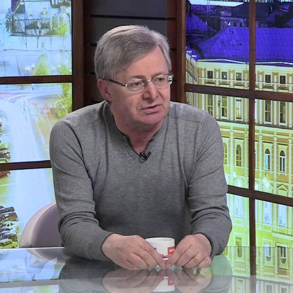 Верховний суд перетворили у матрьошку, – один з авторів Конституції
