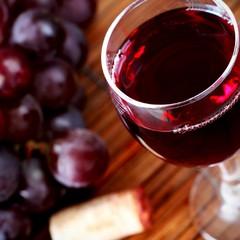 Регулярне споживання алкоголю удвічі знижує ризик розвитку у людини ревматоїдного артриту
