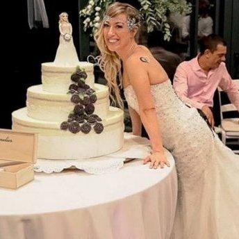 Італійка вийшла заміж сама за себе: фото церемонії