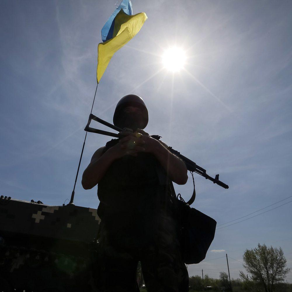 Доба в АТО: 16 обстрілів, двоє військових ЗСУ були поранені