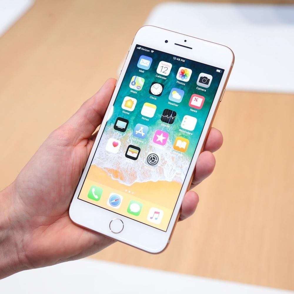 На Тайвані під час зарядки вибухнув новий iPhone 8 Plus