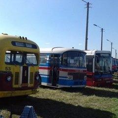 У Києві стартував фестиваль Old Car Land