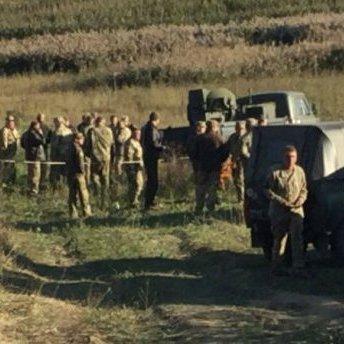 Падіння військового літака на Хмельниччині: з'явились перші фото