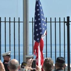 США відкликають працівників свого посольства на Кубі