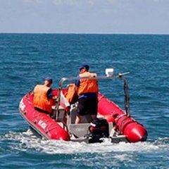 В Азовському морі поблизу зони АТО третій день шукають зниклих українських рибалок