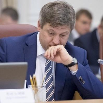 Луценко звинуватив міністра фінансів у пожежі на складах Вінничини