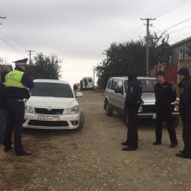 В Криму нові репресії: затримані троє кримських татар (фото, відео)