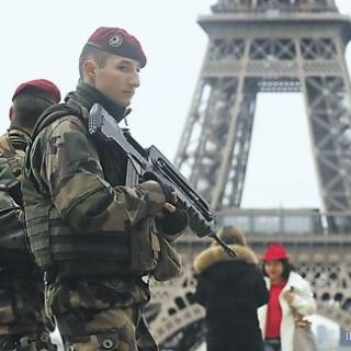 Парламент Франції прийняв антитерористичний закон