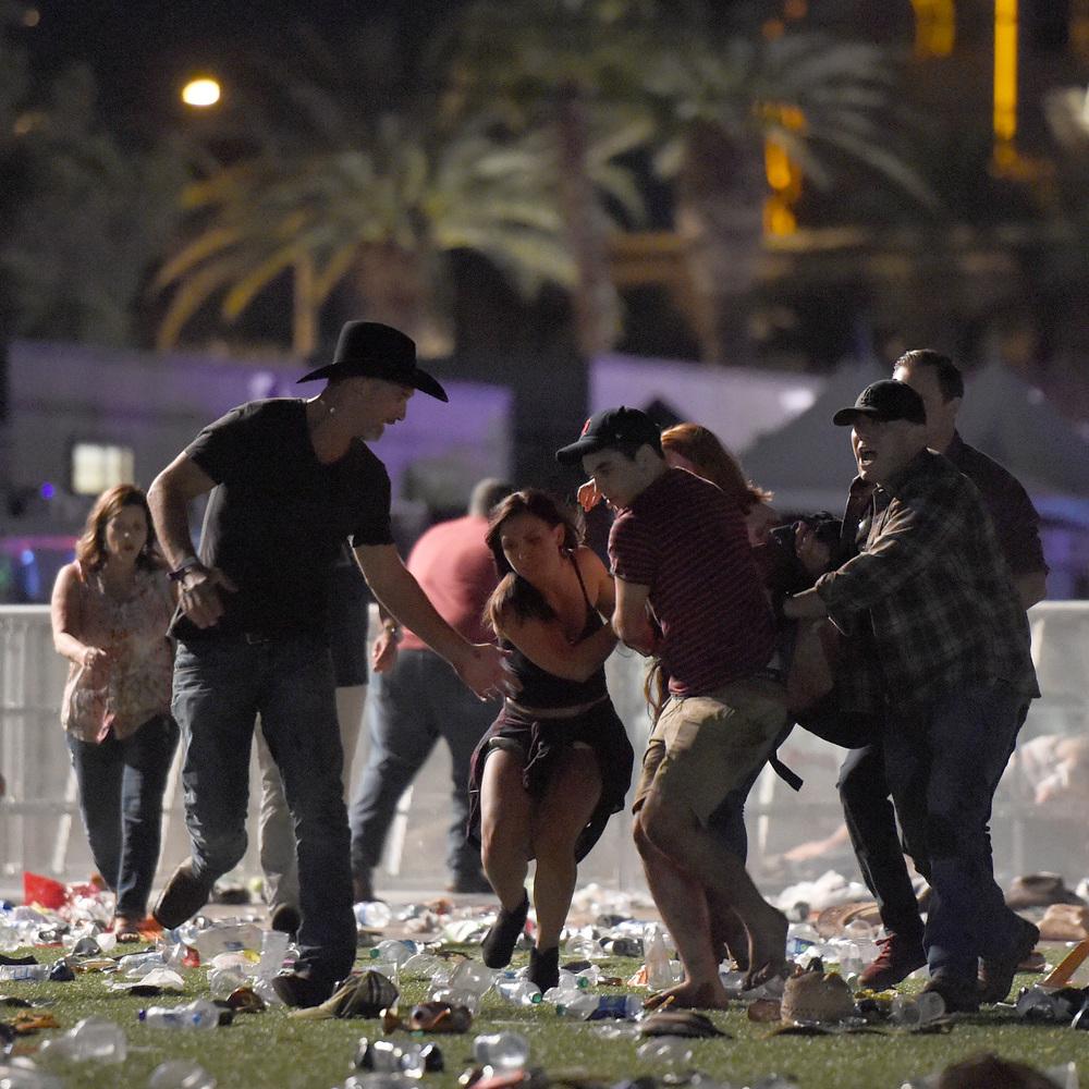 Стрілянина в Лас-Вегасі: поліція показала запис з камери поліцейського (відео)