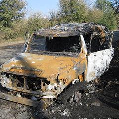 На Харківщині іномарку обстріляли з гранатомету