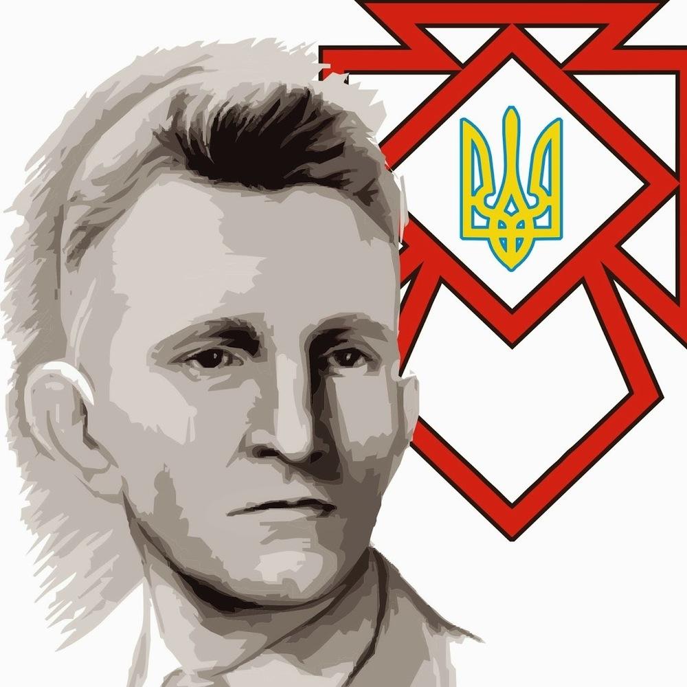 Депутати Львова вимагають відновити звання Героїв України Бандері і Шухевичу