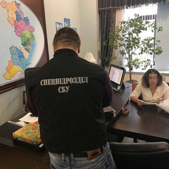 В Одесі на хабарі затримано керівництво Укрпошти