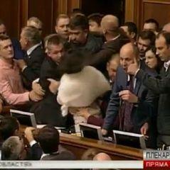У Раді під час розгляду «деокупації Донбасу» сталася бійка