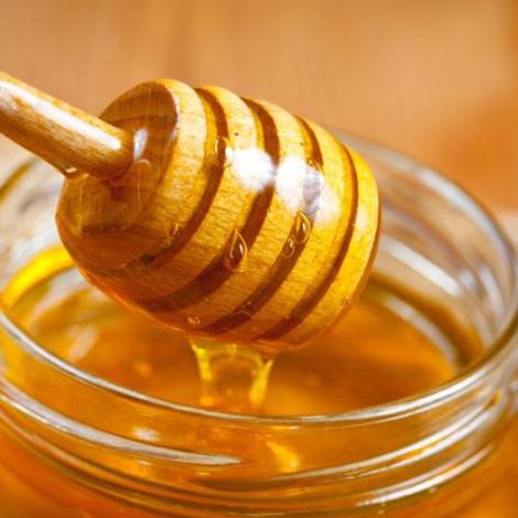 Як перевірити мед на наявність домішок: 5 способів