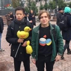 У день народження президента росіяни вийшли на мітинг з вимогою відправити Путіна на пенсію (фото)