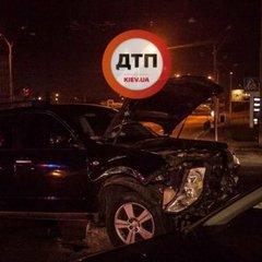 У Києві стались жахливі ДТП за участю 4 іномарок: з'явились фото