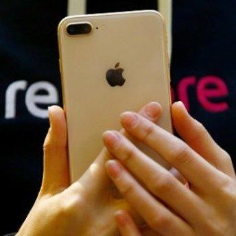Користувачі невдоволені новим iPhone 8 Plus: виявлено суттєвий недолік (відео)