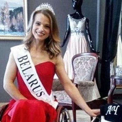 В Польщі вибрали «Міс Світу» серед дівчат, які пересуваються на інвалідних візках (відео)