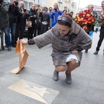В честь дня народження у Ніни Матвієнко з'явилася іменна зірка (фото)