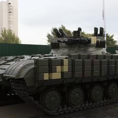 Укроборонпром уперше продемонстрував бойову машину підтримки танків Страж (фото)
