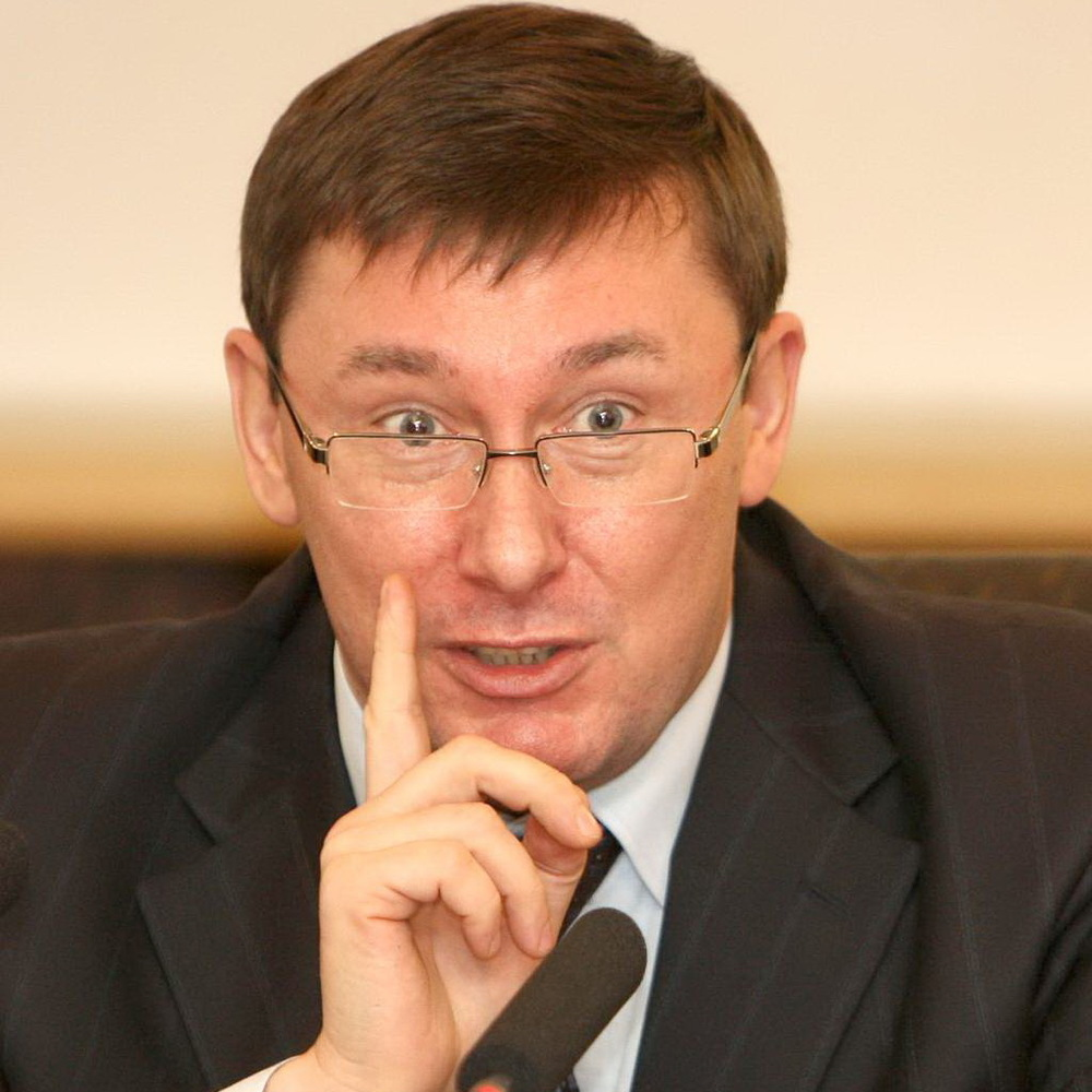 Якщо військовий прокурор АТО не дасть підозр – вилетить, - Луценко